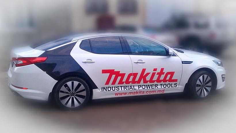 Реклама на машине Makita